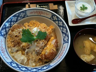浜勝大塚店のカツ丼