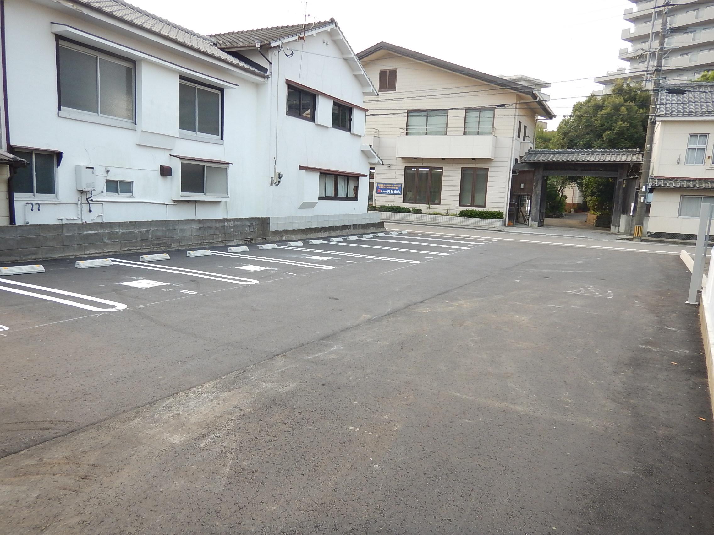 宮崎市中村西1丁目8−18月極駐車場3